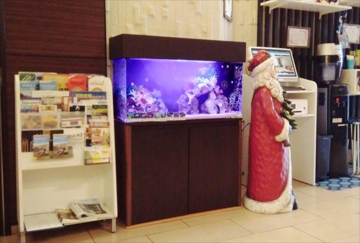 厚木市 ホテルのエントランス 90cm海水魚水槽 移動事例 メイン画像