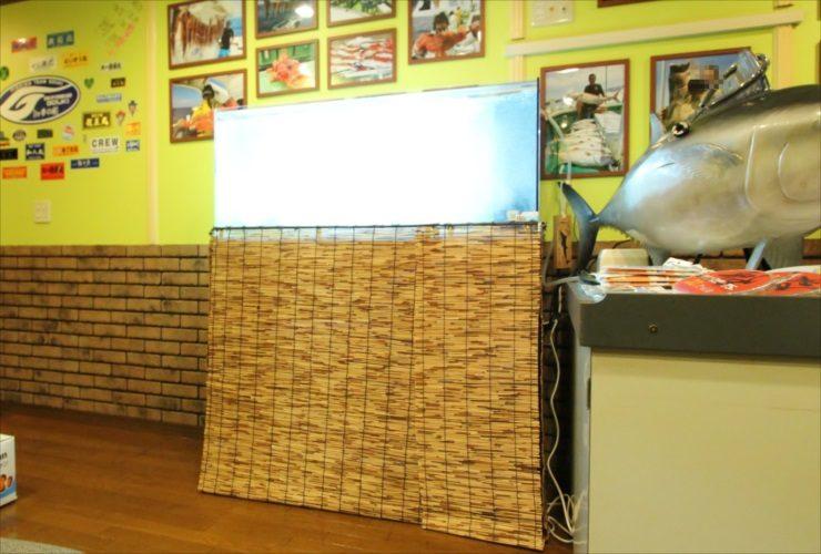 釣り居酒屋 季の扉 様 120cm活魚水槽 レンタル事例 メイン画像
