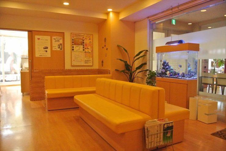 東京都 病院様  90cm海水魚水槽  設置事例 メイン画像