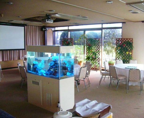 ホテルパインヒル西新井様  水槽設置事例 メイン画像