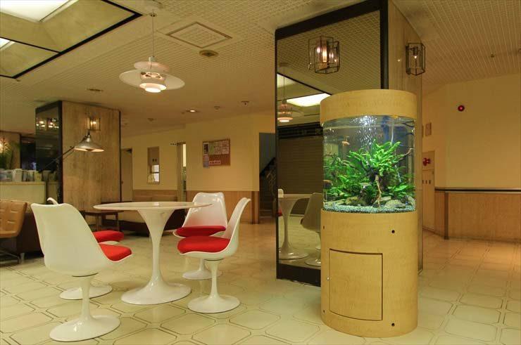 埼玉県川口市 病院様 60cm円柱水槽  設置事例 メイン画像