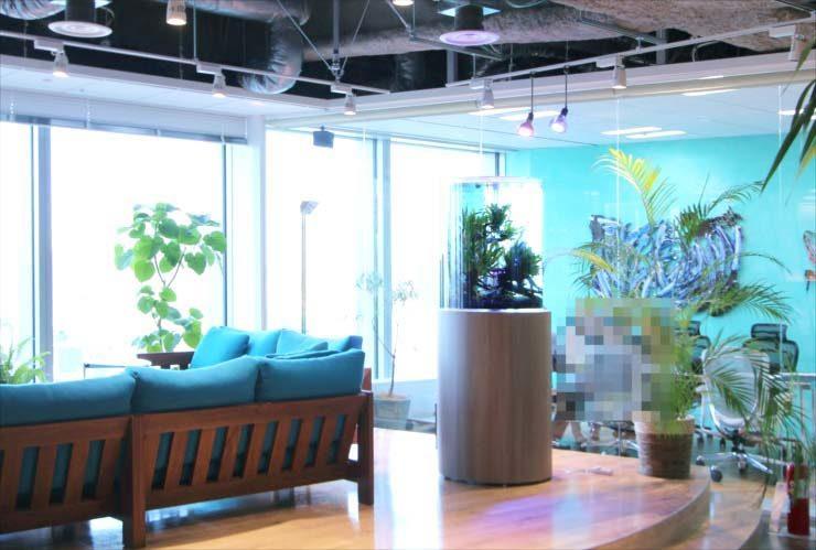 東京都中央区 オフィス 円柱水槽販売 リニューアル事例 メイン画像