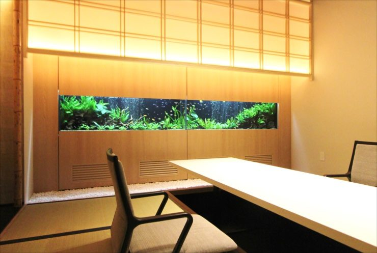 日本料理「魚月」様 150cm淡水魚水槽 設置・メンテナンス事例