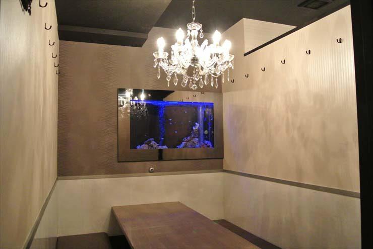 大阪府 中央区  飲食店様  水槽設置事例 メイン画像