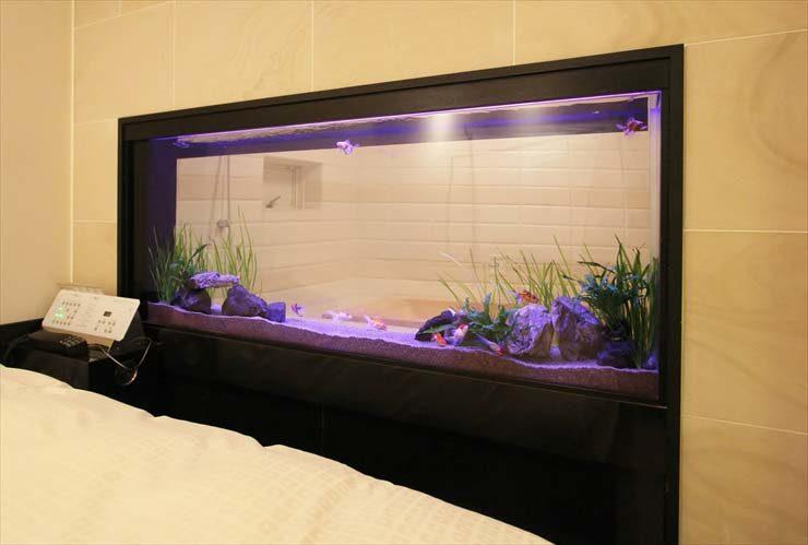 ホテル 客室 はめ込み型アクアリウム 金魚水槽販売 リニューアル事例 水槽画像2