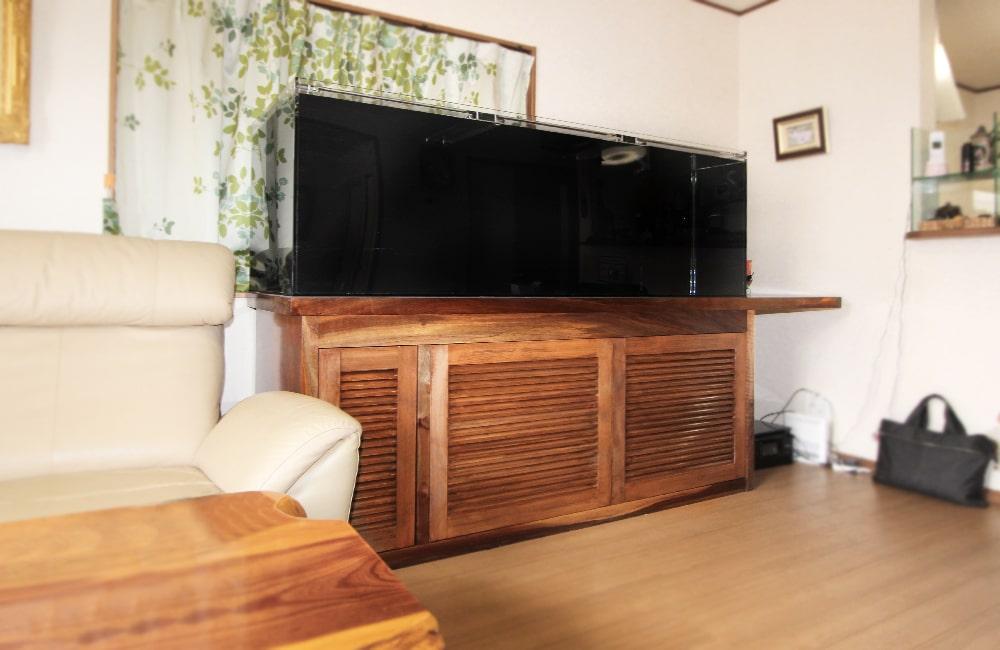 埼玉県 個人宅 アロワナ用 180cm淡水魚水槽 販売+設置事例 メイン画像