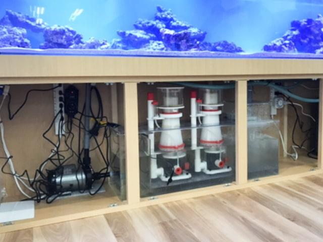 水槽販売サービス 器具・機材を選定